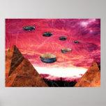 Mosca del UFO sobre las pirámides del extranjero Impresiones