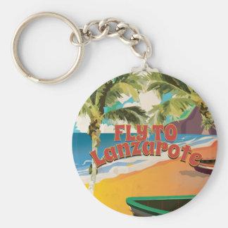 Mosca del vintage al poster del viaje de Lanzarote Llavero Redondo Tipo Pin