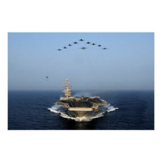 Mosca encima de USS Dwight D. Eisenhower (CVN 69) Impresiones