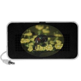 mosca y polen laptop altavoces