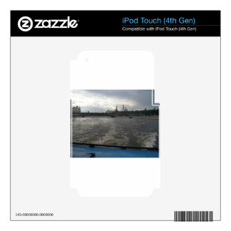 Moscow River iPod Touch 4G Skins