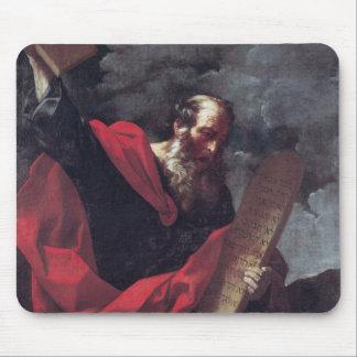 Moses con las tabletas de la ley mousepads