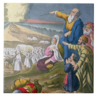 Moses que divide el Mar Rojo, de una biblia impres Teja Cerámica