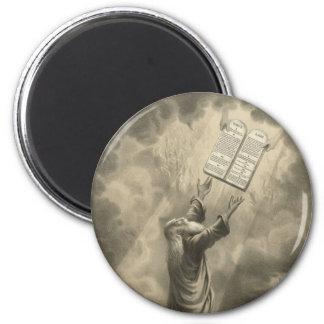 Moses que recibe la ley los diez mandamientos imán redondo 5 cm