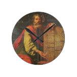 Moses y las tabletas de la ley reloj redondo mediano