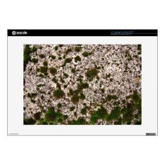 """Moss on White Gravel Surface 15"""" Laptop Skin"""
