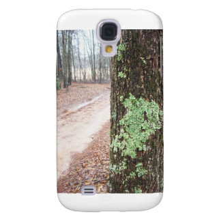 Mossy tree landscape iphone 3 case