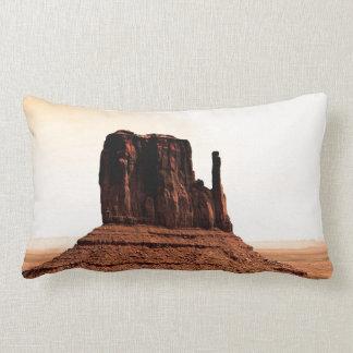 Mota de la manopla en el valle del monumento, Utah Cojines