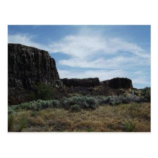 Motas de la roca del desierto postales