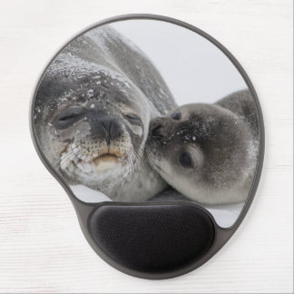 Mother And Baby Seal Love Gel Mouse Pad
