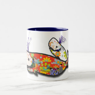 Mother and baby whale Two-Tone coffee mug