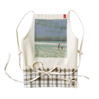 Mother and child enjoying on the beach zazzle HEART apron