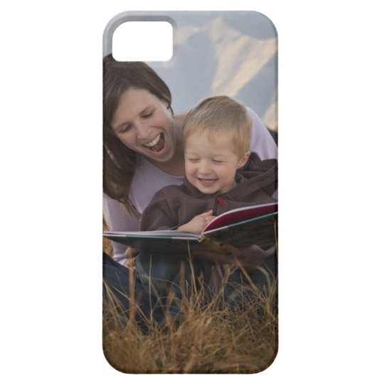 Mother and son reading outdoors iPhone SE/5/5s case