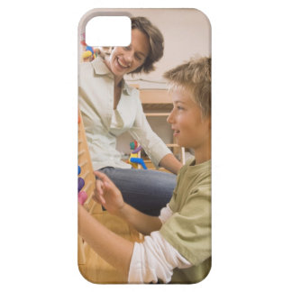 Mother and son using abacus iPhone SE/5/5s case