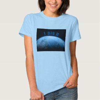 Mother Earth Love the Planet and metal detecting Tee Shirts