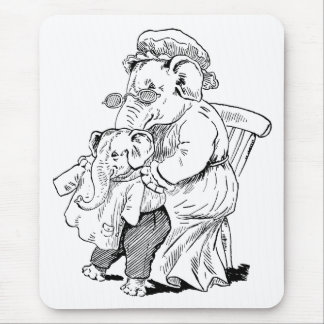 Mother Elephant Dresses Baby Mouse Pad