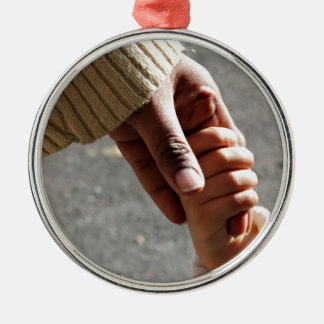 Mother ' s love round metal christmas ornament
