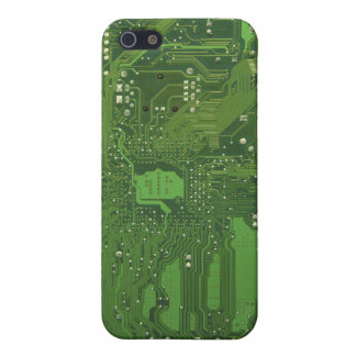 Motherboard in Green iPhone SE/5/5s Cover