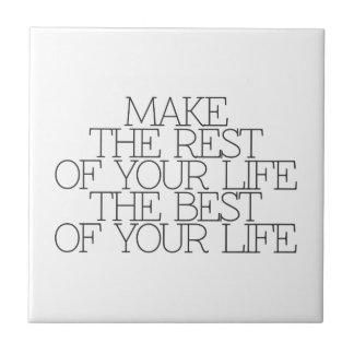 Motivación, inspiración, palabras de la sabiduría. azulejo