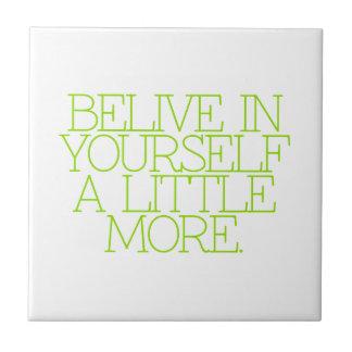 Motivación, inspiración, palabras de la sabiduría. azulejos cerámicos