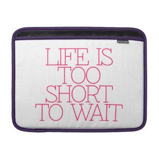 Motivación, inspiración, palabras de la sabiduría. fundas MacBook