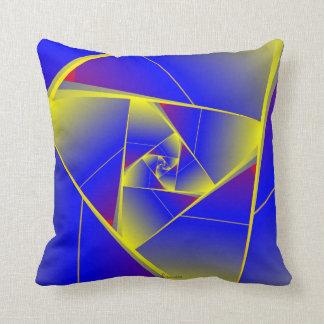 Motive cushion small CHAOS 05