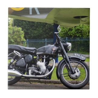 Moto y Spitfire Azulejo Cuadrado Pequeño