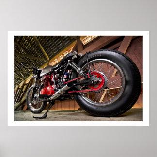 Motocicleta de encargo con el detalle rojo póster