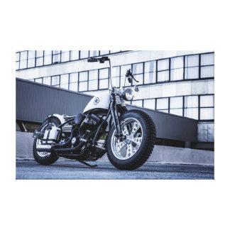 Motocicleta de encargo en la ciudad impresiones en lona estiradas