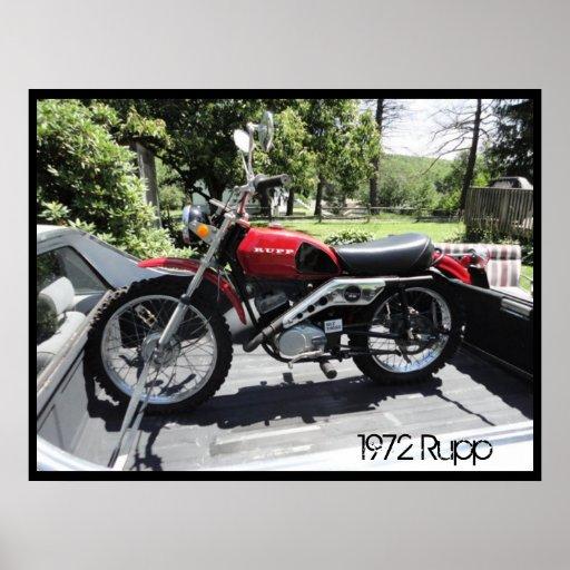 Motocicleta de Rupp del rojo del poster 1972