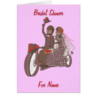 Motocicleta del motorista de los rosas rojos que tarjeta de felicitación