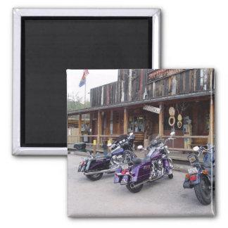 Motocicletas de Harley Davidson por el salón occid Imán Cuadrado