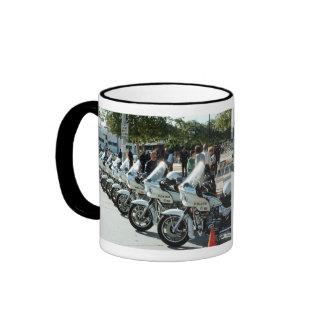 Motocicletas los E.E.U.U. de la policía del LA Tazas