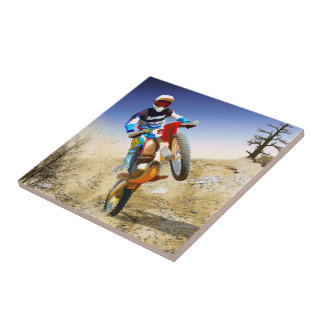 Motocrós del Wheelie del desierto Tejas
