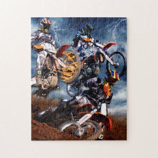 Motocrós diseñado que compite con el collage puzzle