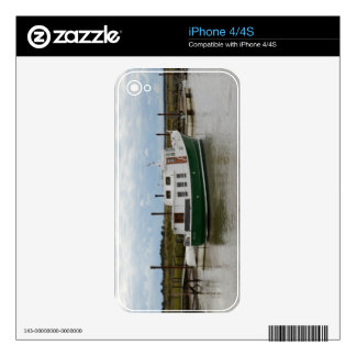 Motor Cruiser Grace Skins For The iPhone 4