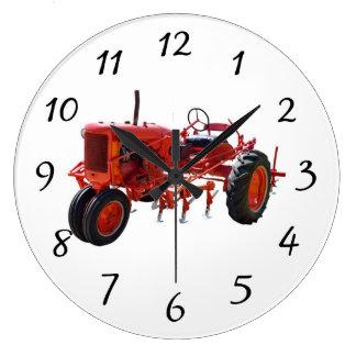 Motor de tractor rojo del vintage reloj redondo grande