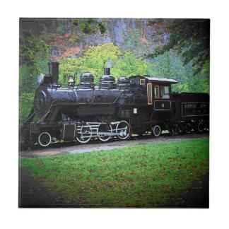 Motor jubilado del tren de no. 6 viejos de Seattle Azulejo Cuadrado Pequeño