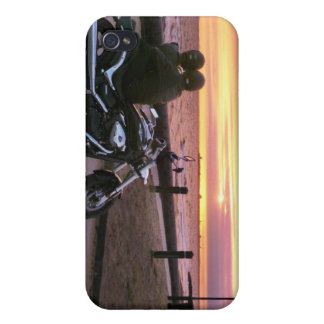 Motorbike lovers at sunset, Elwood Beach iPhone 4/4S Cases