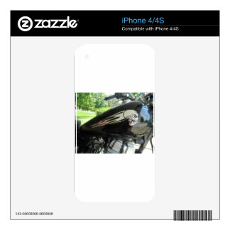 Motorcycle Skull Silver iPhone 4S Skin