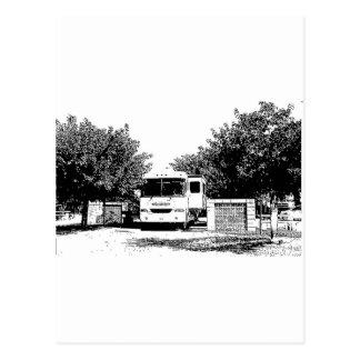 Motorhome en parque de rv tarjeta postal