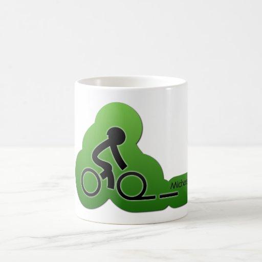 Motorista de la bicicleta de la calle taza clásica