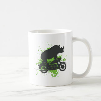 Motorista del rinoceronte taza clásica