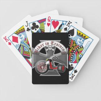 Motorista en el entrenamiento baraja de cartas