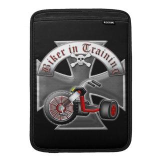 Motorista en el entrenamiento funda  MacBook