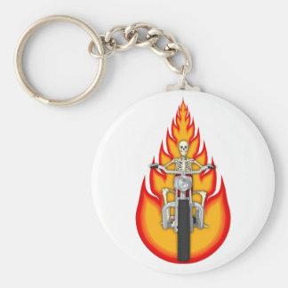 Motorista y llamas esqueléticos: llavero redondo tipo pin