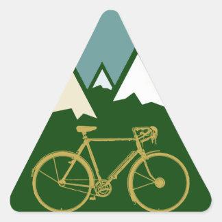 motoristas aventura, montañas pegatina triangular