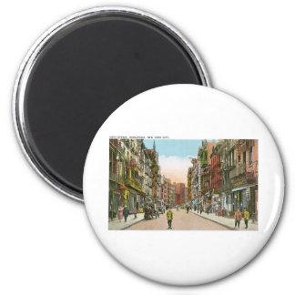 Mott Street, CHINATOWN, New York City (Vintage) 2 Inch Round Magnet