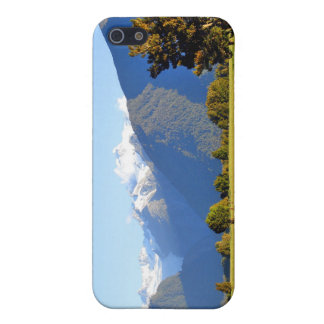 Mount Cook and Mount Tasman, New Zealand iPhone SE/5/5s Case