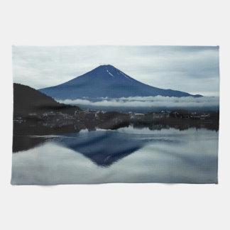 Mount Fuji Japan Kitchen Towels - Set of 2